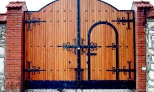 Современные и функциональные ворота для загородного дома