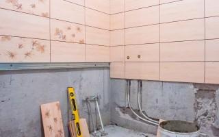 Как класть плитку в ванной комнате
